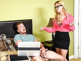 Große Titten, Blond, Fremdgehen, Faketitten, Brille, Milf, Mama, Natürliche Titten, Realität,