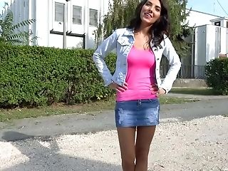 Baby, Brünette, Spermaschlucken, Deepthroating, Gangbang, Hardcore, Hd, Geld, Party, Mager,