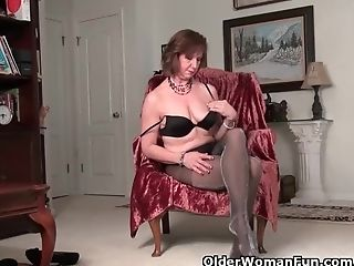 American, Fingering, GILF, Granny, HD, Mature, MILF, Mom, Nylon, Old,