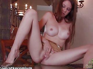 Bimbo, Gros Nichons, Exotique , Masturbation, Star Du Porno, Rousses, Rilee Marks, En Solo,