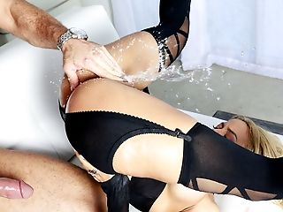 Squirting: 3842 Video