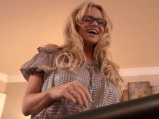 Big Tits, Blonde, Kelly Madison, Long Hair, Masturbation, MILF, Model, Natural Tits, Pornstar, Solo,