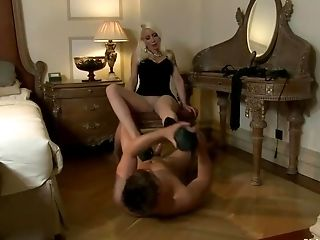 BDSM, European, Lorelei Lee, Maitresse Madeline, Submissive, Whore,
