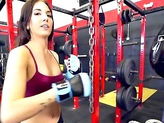 Blowjob, Trainer, Cowgirl, Cumshot, Doggystyle, Facial, Im Fitnessstudio, Hardcore, Hd, Stöhnen,