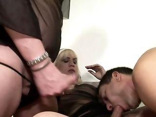 Sexe De Groupe, Horny, Kinky, Homme Efféminé , Fête , Transexuelle ,