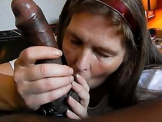 Schönheit, Großer Schwarzer Schwanz, Großer Schwanz, Schwarz, Blowjob, Sperma In Den Mund, Hd, Gemischtrassig,