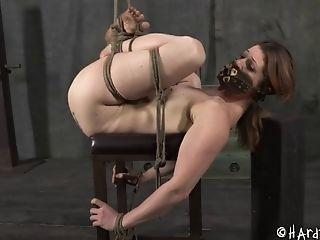 Bdsm, Bondage , Brunes, Domination Féminine, Fétiche , Forcer, Chatte, Rousses, Soumis , Torture,