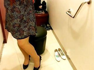 High Heels: 43 Videos