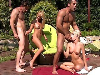 Sexe Anal, Bimbo, Blonde, Sexe Et étranglement , Erica Fontes, Européens , 2 Femmes Et 2 Hommes, Partie à 4, Amis, Sexe De Groupe,